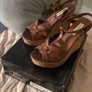 Steve Madden Sandals/Heels